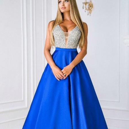 9340fcded61 Прокат вечерних платьев в Москве – взять напрокат недорого